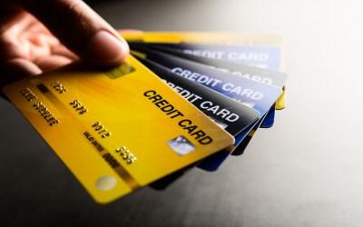 該不該辦信用卡?申辦第一張信用卡前必須要知道的7件事